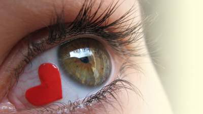 How to read love through eyes – Body language of eye